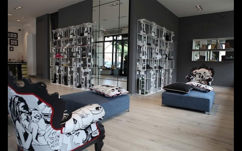 Кресло бренда Moda collection