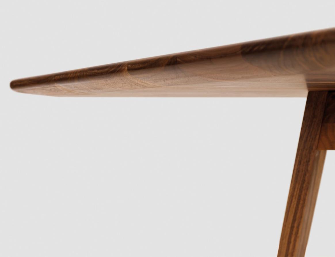 Zeitraum Обеденный стол «Twist»