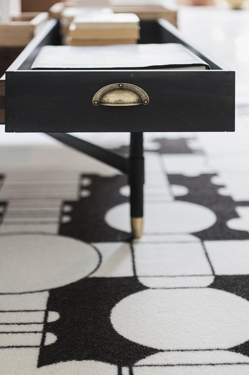Mogg Кофейный столик «The Dreamers»