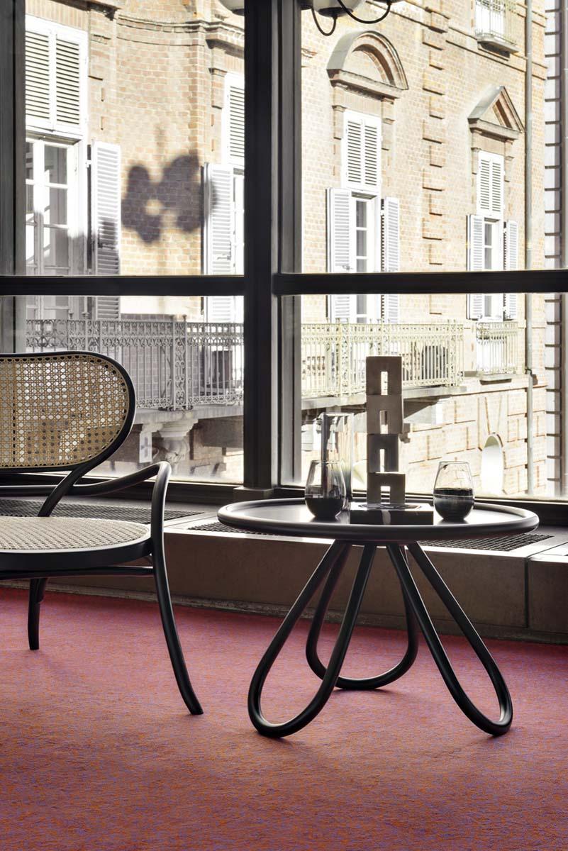 Gebrüder Thonet Vienna Кофейный столик «Arch Coffee Table»