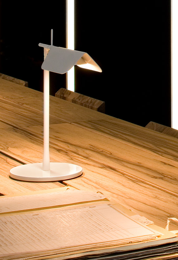 Flos Настольная лампа Flos Tab T (F6560030)
