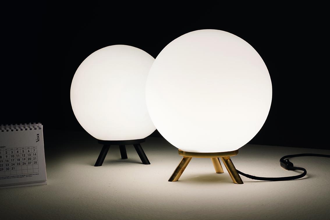 Vesoi (RU) Настольная лампа Pallatre от итальянского бренда  Vesoi