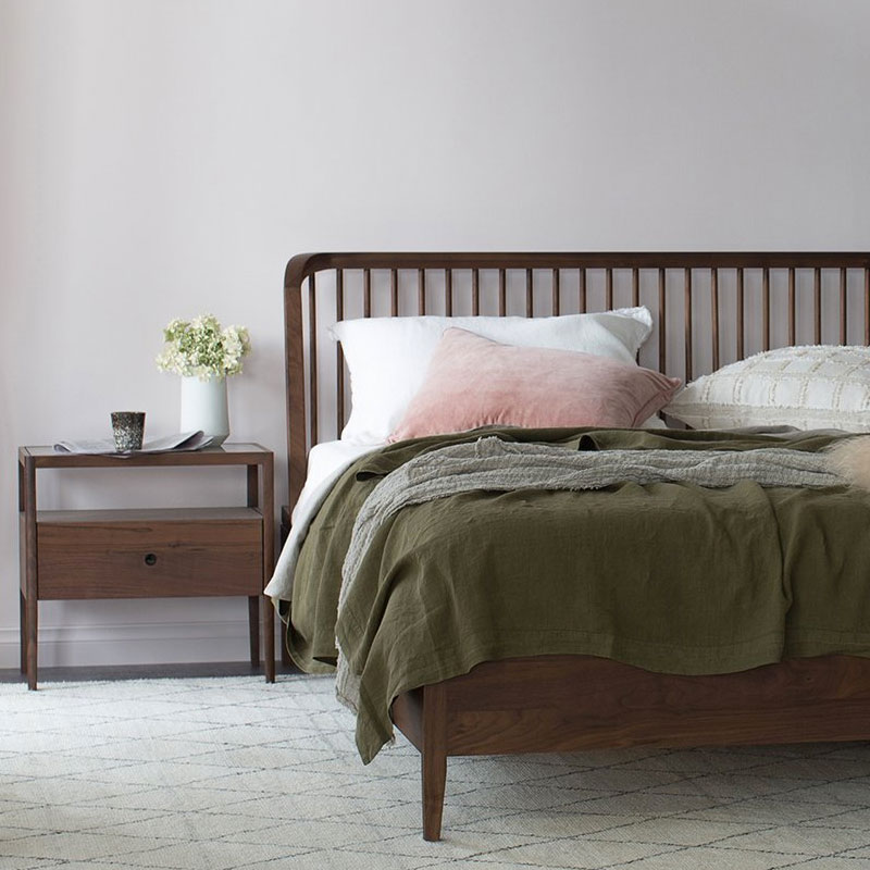 Ethnicraft (RU) Кровать Spindle от бельгийского бренда Ethnicraft