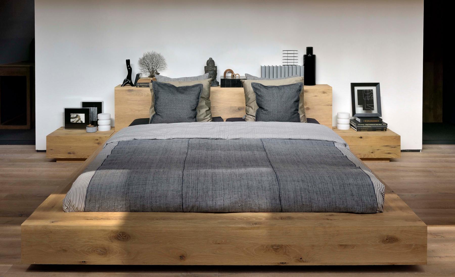 Кровать Madra от бельгийского бренда Ethnicraft