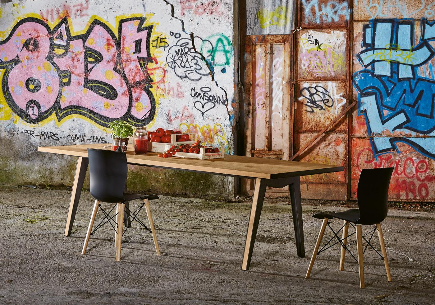 Colico Обеденный стол Skin от итальянского бренда Colico
