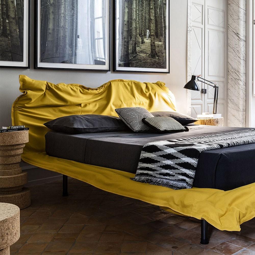 Mogg (RU) Кровать Big Hug от итальянского производителя Mogg