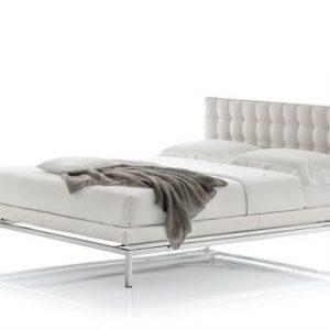 Кровать Boss от итальянского производителя Alivar