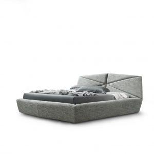 Кровать Gossip от итальянского бренда Alberta Salotti