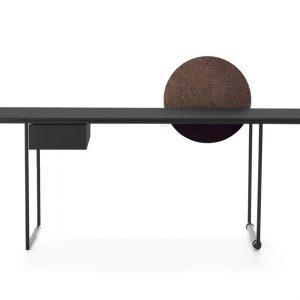 Письменный стол Macis от итальянского бренда Opinion Ciatti