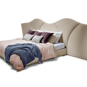 Кровать Josephine от португальского бренда Munna