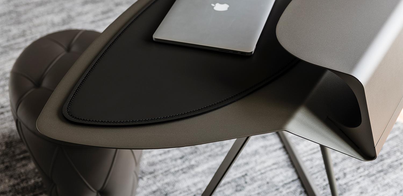 Cattelan Italia (RU) Письменный стол Storm от итальянского бренда Cattelan Italia