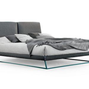 Кровать Amlet от итальянского производителя Bonaldo