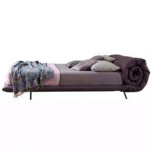 Кровать Blanket от итальянского бренда Bonaldo