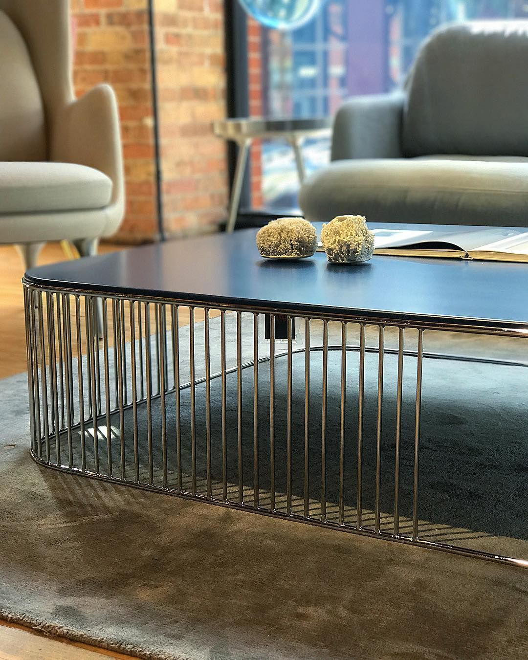 Frag Кавовий стіл Comb 100 від італійського бренду Frag